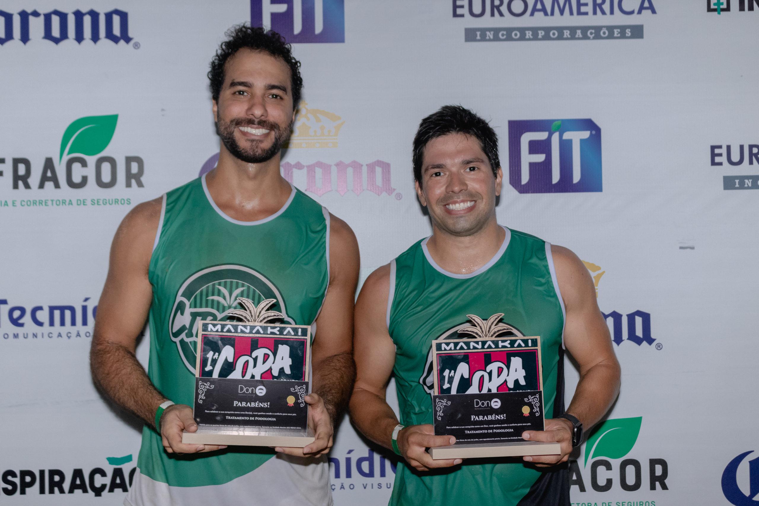 Em 1º lugar na Copa Futvôlei modalidade Masculina, Célio e Cláudio